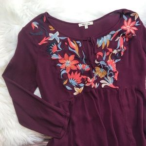 Bleuh Ciel Boho Floral Embroidered Peplum Top